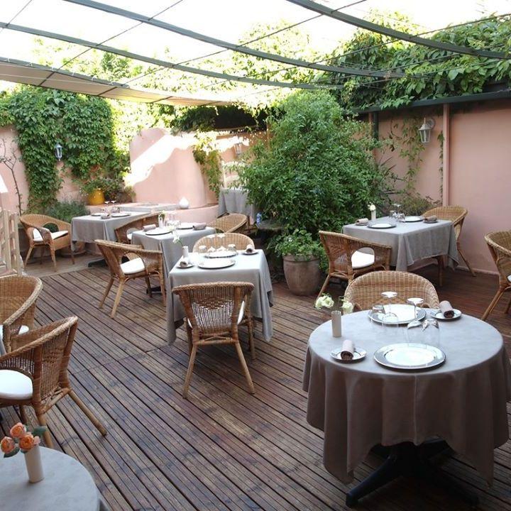 Restaurant Ptite Cour Sanary